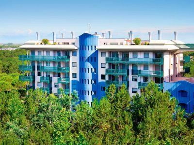 Photo for Bibione Apartment, Sleeps 4 with Pool, Air Con and WiFi