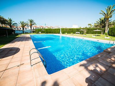 Photo for One bedroom Apartment, sleeps 3 in Torrevieja with Pool and Air Con