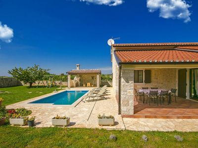 Photo for Holiday house with 3 bedrooms, open outdoor kitchen and swimming pool