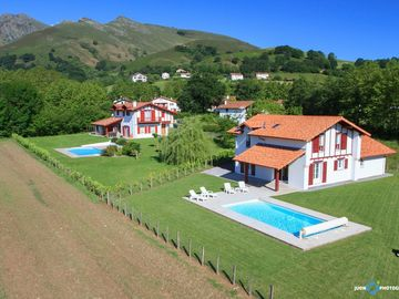RENT HOUSE WITH HEATED POOL