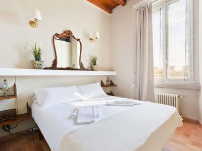 Photo for Bright apartment located in a magnificent position between the Naviglio Pavese and the Park