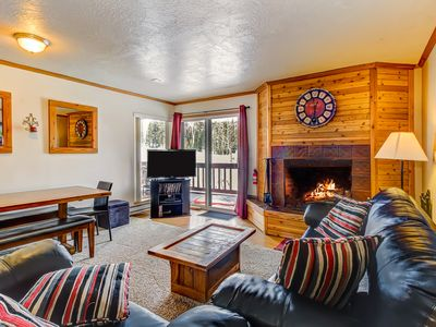 Photo for Beautifully decorated ski-in/out, dog-friendly condo with fantastic views!