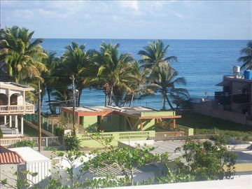 Amazing 3BR/3BA Phouse, Ocean Views, 1 Blk From Sandy Beach Have Power/H2O/WIFI