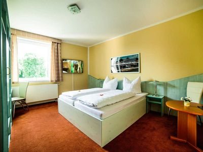 Photo for Park Hotel Comfort Double Room - Guesthouse Park Hotel Senftenberg