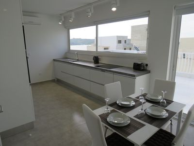 Photo for Seaview, modern, centrally located Penthouse