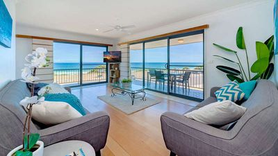Photo for Top floor apartment with endless ocean views!