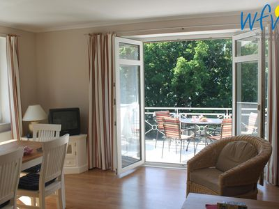 Photo for Apartment with sunny balcony and stove!