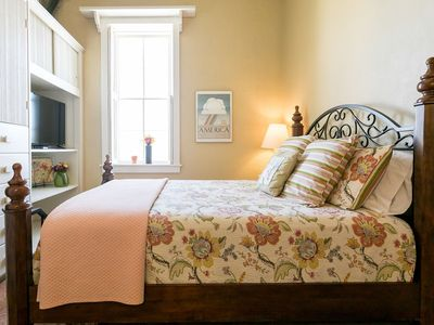 Photo for Fredericksburg Bakery Suite 3 | Balcony overlooking Main Street