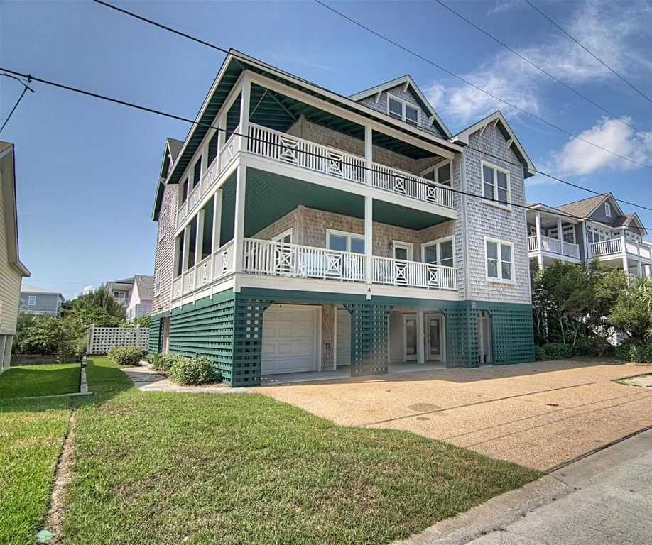 Wrightsville Beach House Rentals: Recently Renovated 6 BR Home Steps From The Beach