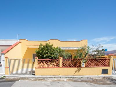 Photo for Holiday house with outdoor space, 3 bedrooms, near Torre Lapillo beaches