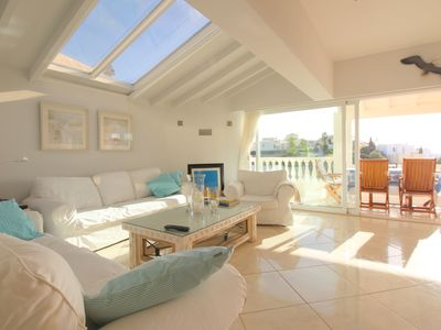 Photo for Villa with private pool 250m from the beach - Carvoeiro