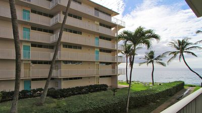 Photo for Great Location - Beautiful Condo w/AC Starting @ $269/night Royal Mauian #219