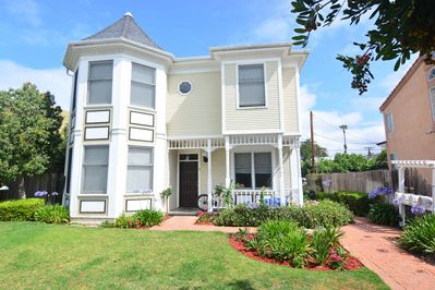 Welcome to the Pacific Beach Luxury Townhouses #3!
