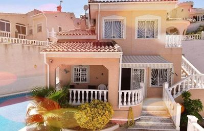Photo for Spacious 3 bedroom villa with private outdoor pool near to La Marquesa golf