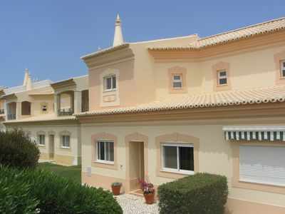 Photo for Luxurious 3-Bedroom Villa With Free WiFi & Complimentary Fitness And Spa Centre.