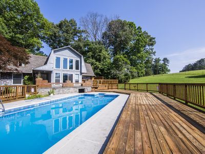 Photo for 2,500 sq ft w/Pool Location Perfect 4 Everything!