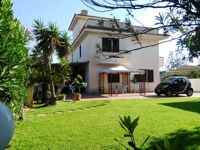 Photo for Holiday home 200 meters from the sea