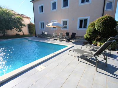 Photo for Apartment Complex Villa Maja in Tar / Apartment Maja II with Terrace and Shared Pool