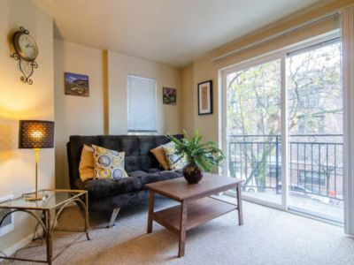 Photo for Delightful one Bedroom near Space Needle!