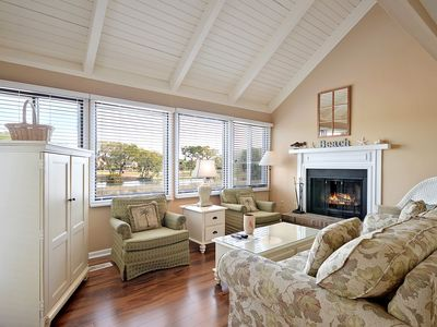 Photo for Spacious Tree Loft Cottage on Seabrook Island- PET FRIENDLY!