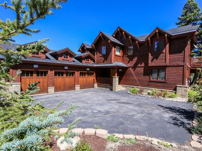 Photo for 5-Star Luxury HOUSE on Sierra Star Golf Course! Jacuzzi and 2 Car Garage