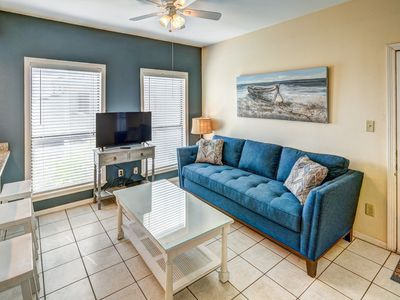 Photo for Island condo w/ full kitchen and grill area, a block away from the beach