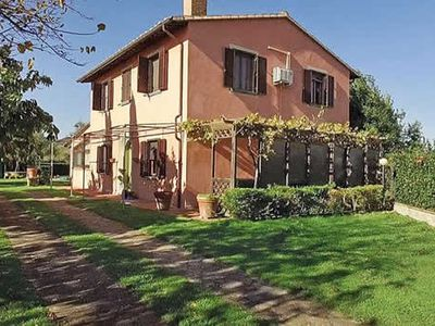 Photo for This beautiful villa is immersed in the green Tuscan countryside and has well-tended gardens on all sides making it feel wonderfully secluded.