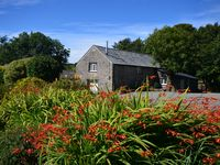 Wonderful cottage on the edge of Dartmoor, with great views, lovely hosts