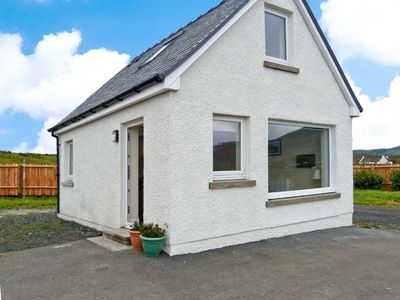 Photo for 1BR Cottage Vacation Rental in Portree