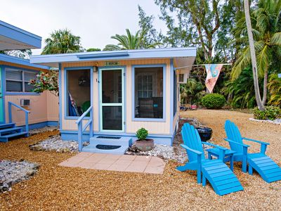 Photo for Newly renovated coastal chic cottage