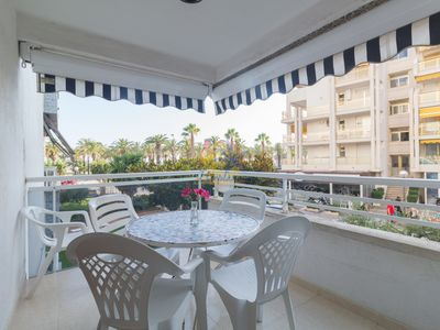 Photo for 6 pax apartment located just 50 meters. from the main beach of Salou.
