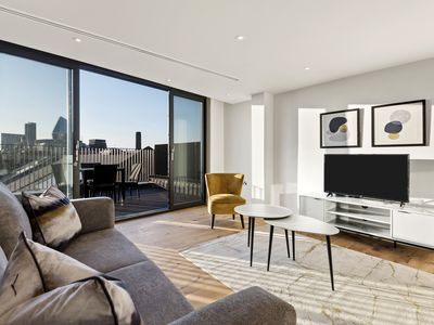 Photo for LONDON BRIDGE SUITES Amazing Duplex with terrace