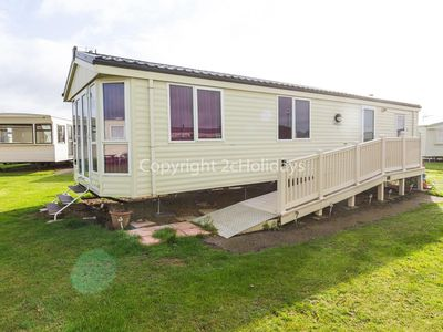 Photo for Wheelchair friendly dog friendly caravan for hire in Norfolk ref 19161