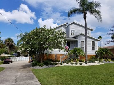 Photo for 5 beds Modern Waterfront Single Family Home-Sleeps 9- POOL, Fireplace