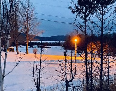 H & M Rentals Winter gem with a view, Snowmobilers welcome! Sleeps up to 4