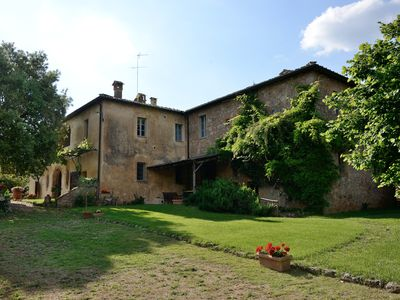 Photo for Wonderful Tuscan villa with professional kitchen -11 Bedrooms, 11 Bathrooms