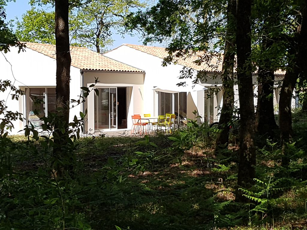 New and nice house for 6 people homeaway la tremblade for Tours of nice houses