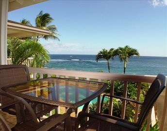 Ocean front views from your spacious lanai!