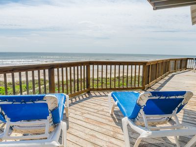 Summer Wind, Beachfront with incredible views! 5 miles from Galveston sea wall!