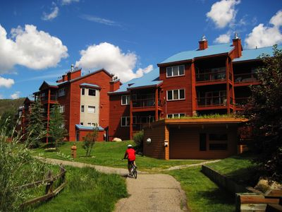 Photo for Spacious Top Floor Unit with Views. Walk/Shuttle to Activities, Dining, Shops