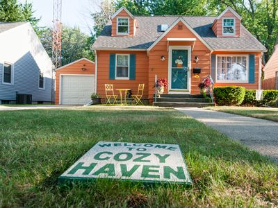 Photo for Cozy Haven. Close to the Beach, Kids Corner and Downtown South Haven