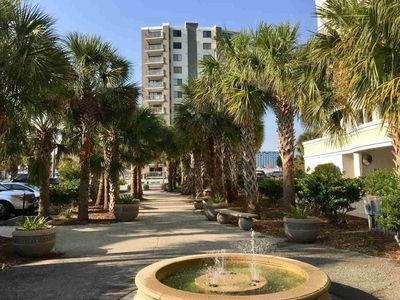 Photo for Beautiful renovated condo steps from the beach!