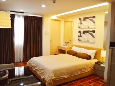 Photo for 1BR Apartment Vacation Rental in Makati, Metro Manila