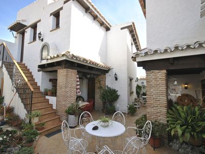 Photo for Apartment for 2 persons in Andalusian farmhouse with swimming pool