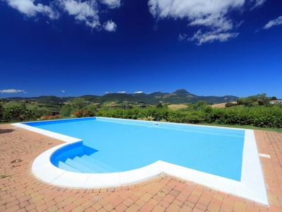 Photo for Holiday house Infinito with panoramic view in the vicinity of Cingoli, the 'balcony of the Marche region'