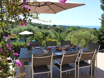 Photo for Villa with sea view and heated pool on the peninsula of St. Tropez