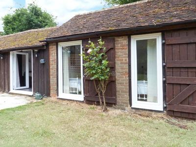 Photo for SHEPHERD'S FARM COTTAGE, family friendly in Lenham Heath, Ref 7731