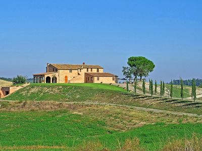 Photo for Private Villa with private pool, WIFI, A/C, TV, patio, panoramic view, parking, close to Montalcino