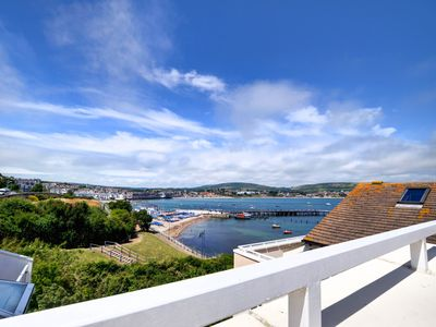 Photo for Haven Roof Terrace - Two Bedroom Apartment, Sleeps 4
