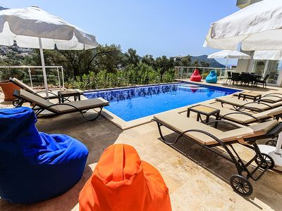 Photo for Luxury modern apartment With Private Pool, 3 Bedrooms, Sleeps 6